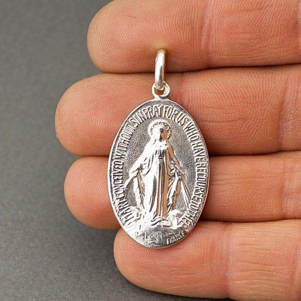Virgen de los rayos (medalla milagrosa)